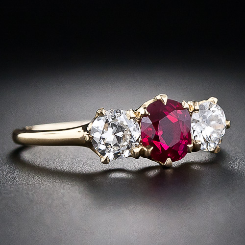 http://www.langantiques.com/university/images/f/fd/Tiffany_Ruby_Ring.jpg